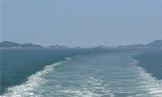 精彩游记 看海吃生蚝 自驾山东长岛  最后给哥们的车来张照片   12号